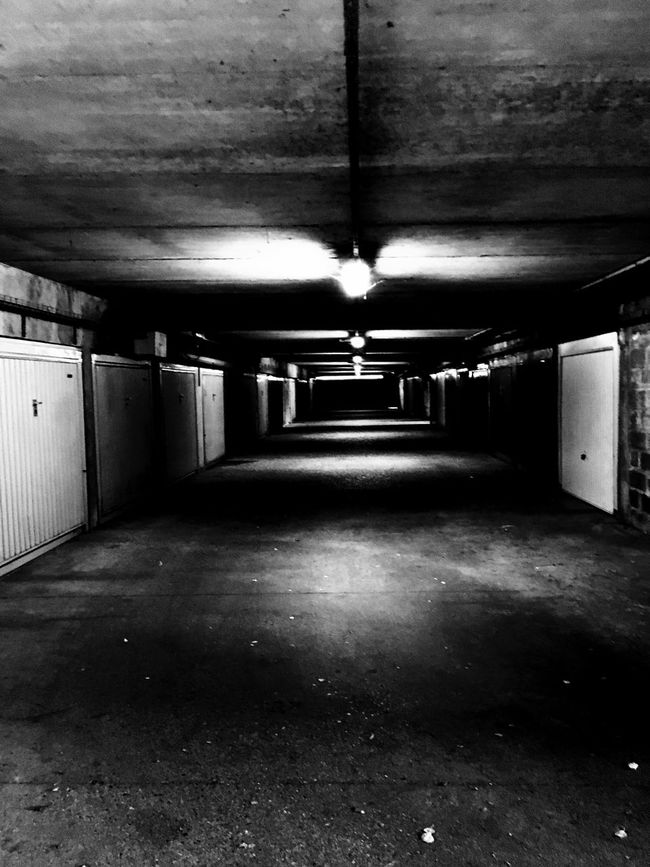 Garage Souterrain Garage Door Neon Neons Neon Sign Blackandwhite Noir Et Blanc Noiretblanc Black And White Noir & Blanc  Darkness And Light Darkness Darkart Contrast Contraste