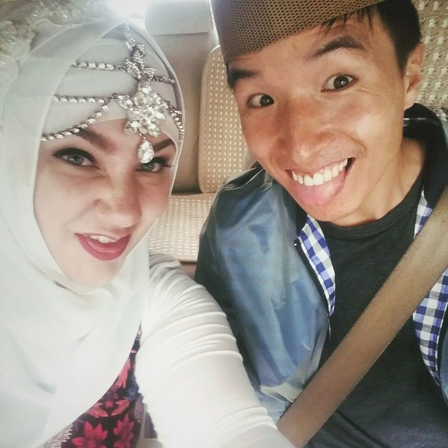 Just married! Hijab Portrait Smiling Happiness Togetherness Cheerful Adults Only Young Adult Headshot People Close-up Just Married Muslim Funny Faces Interracial Couple China 中国 Qinghai 青海 Married Life Explore Life Love Truelove Husband And Wife