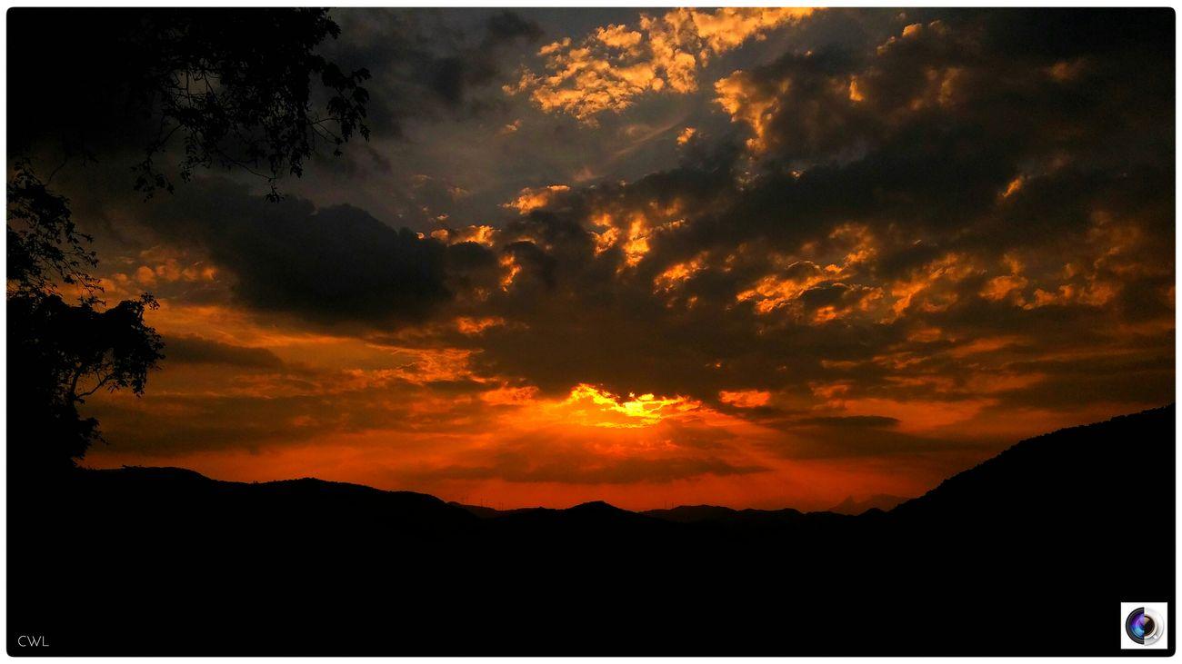 A Beautiful Dusk Sunset Orangesky Hill Mountain Dusk LGG3 LGg3photography