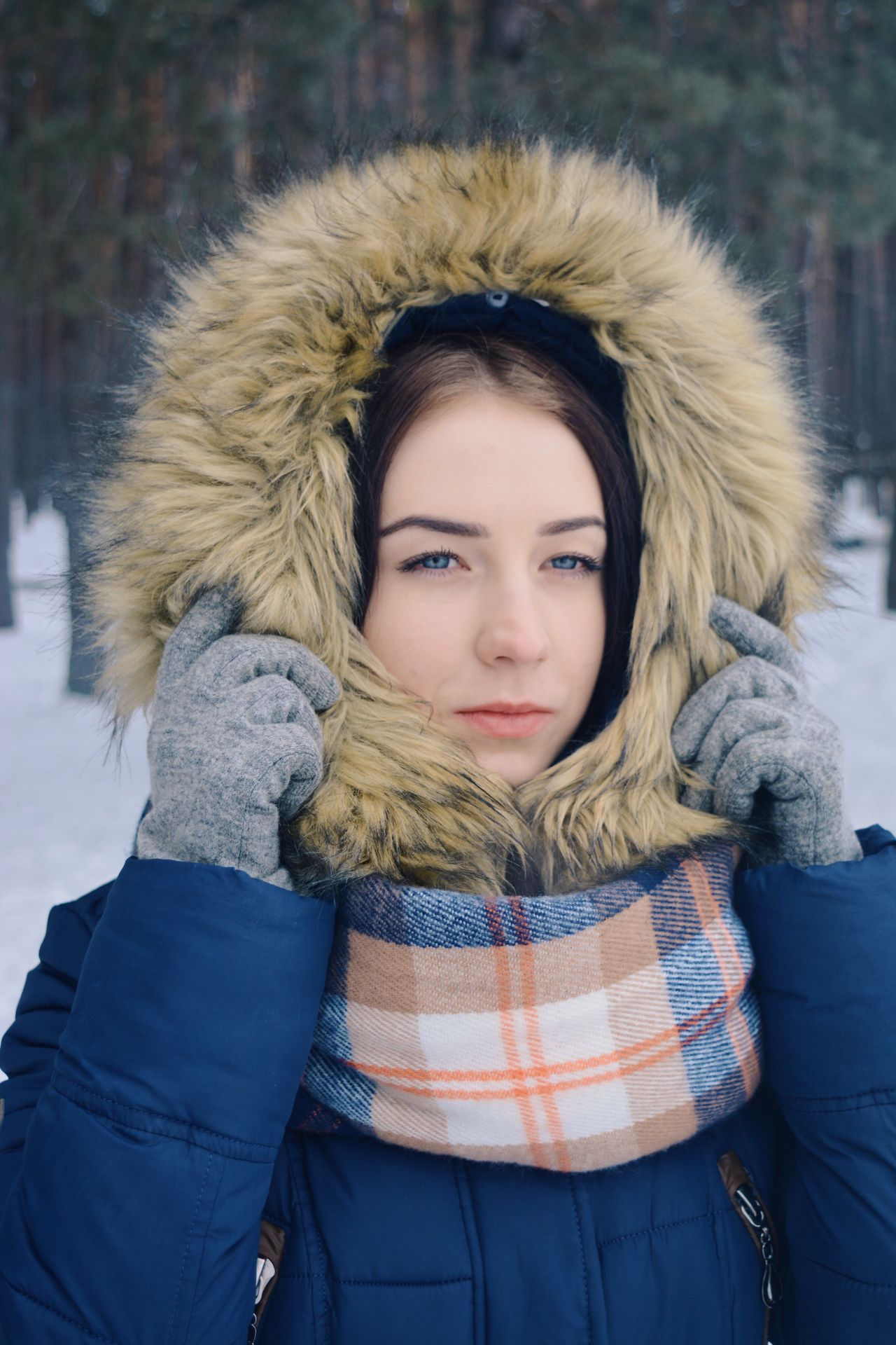 Winter portrait Winter Cold Temperature Looking At Camera Warm Clothing Portrait Snow Young Adult Glove Beautiful People Fur Young Women One Person Front View One Young Woman Only Outdoors Beautiful Woman Blond Hair Scarf Beauty Fur Hat