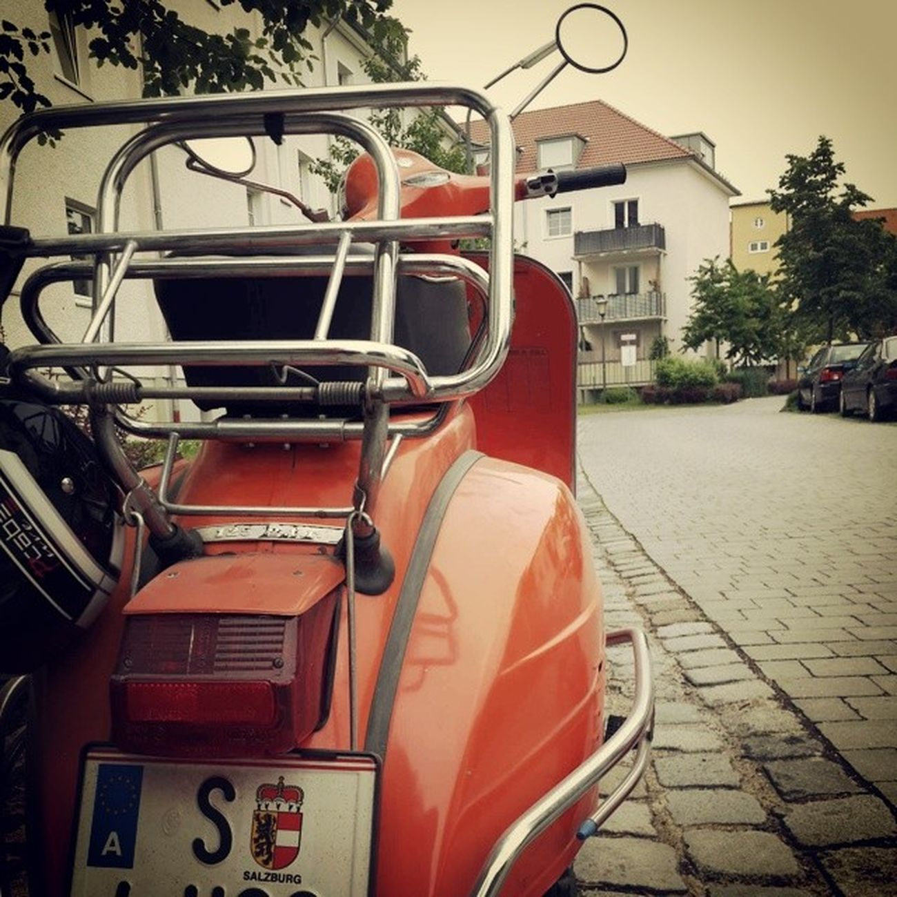 Off to Salzburg with Luise. Vespa Piaggio 125gtr