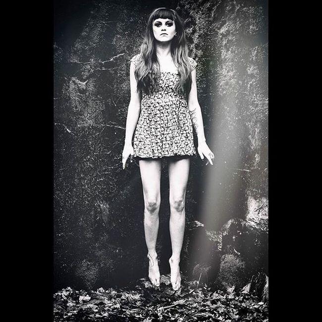 @lexibean333 Bw Blackandwhite Monochrome Dead Winter Girl Girlswithink Girlswithtattoos Float Canon 135 F2