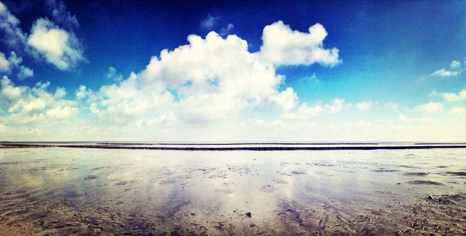 Water Reflections / Clouds / Sylt / Lifes A Beach