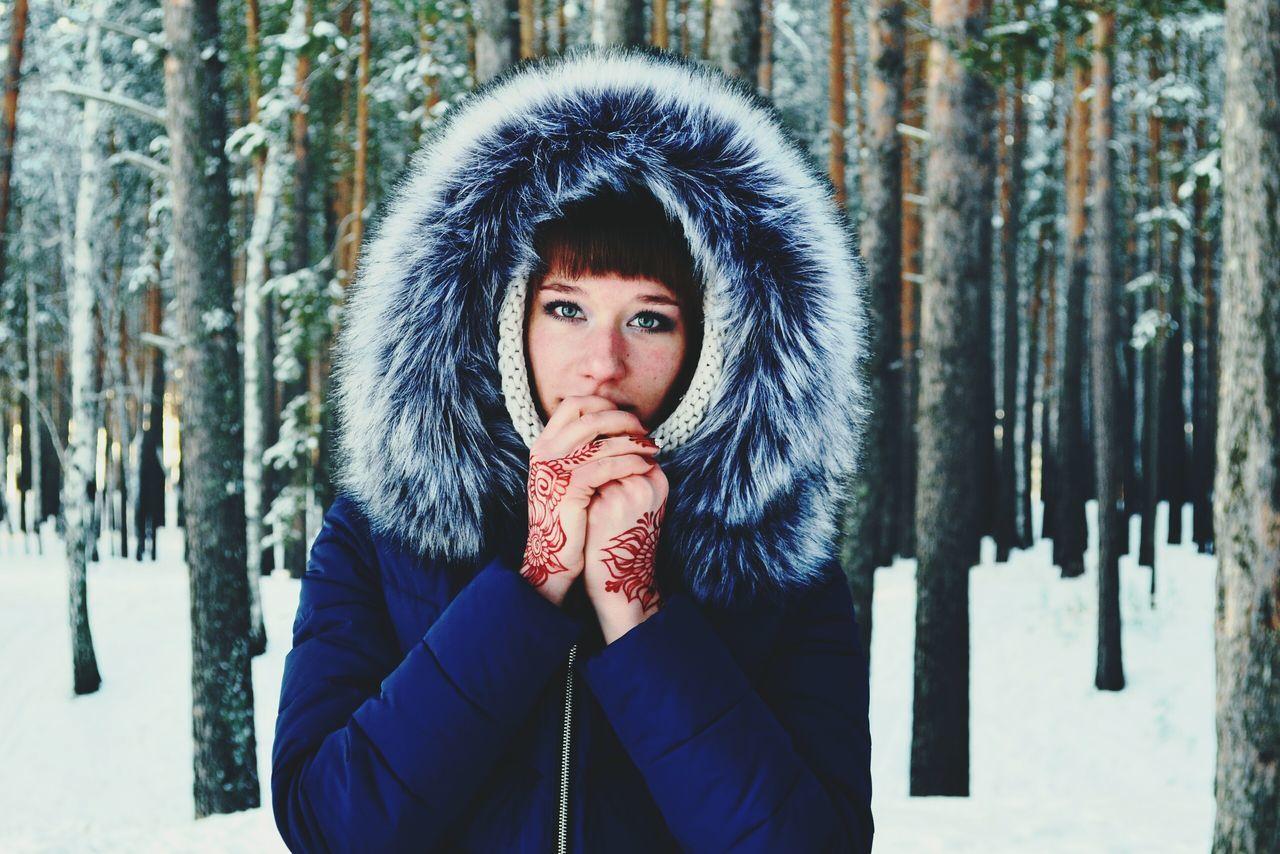 That's Me Russian Girl Winter Landscape Nature Winter Trees Siberia Winter Mehendi Art Mehendi