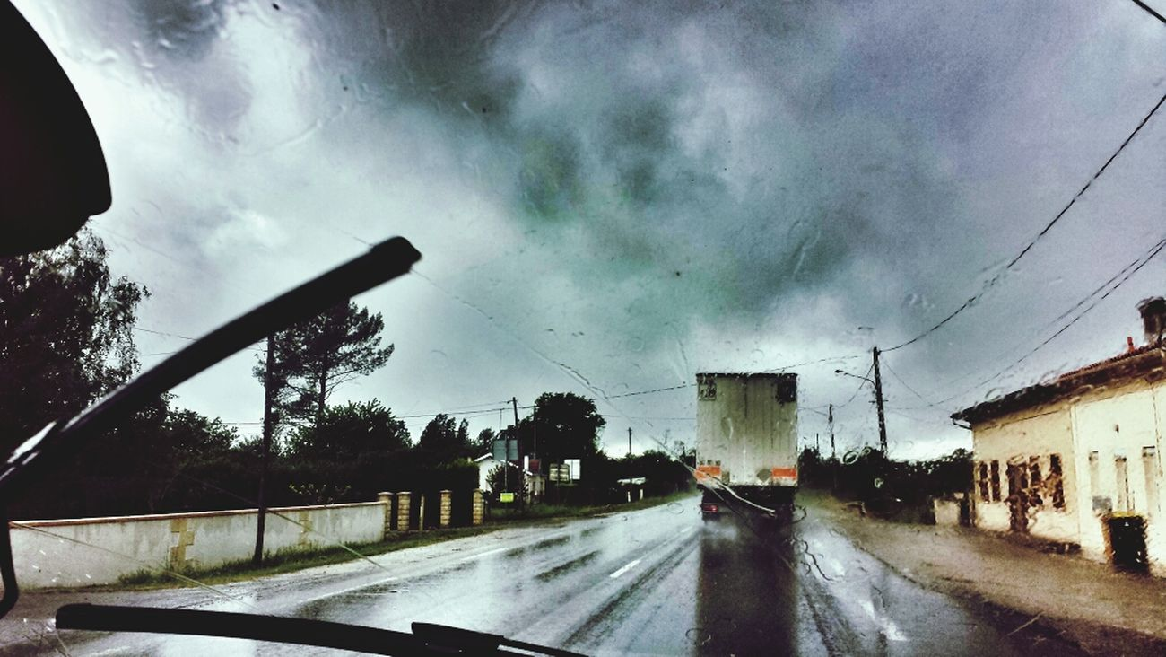 On the road, in the rain France 2014 IPhoneography Shootermag Capture The Ride With Uber The Storyteller - 2014 Eyeem Awards