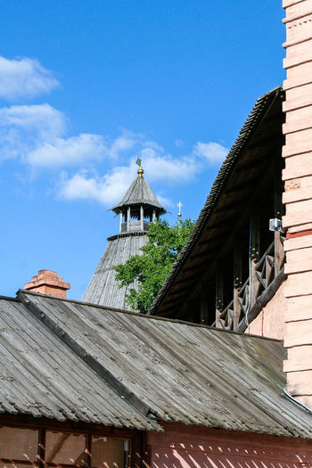 The wall of the Saviour Monastery of St. Euthymius, Russia, Suzdal Russia. Suzdal Roof Day Golden Ring Golden Ring Of Russia Monastery Orthodox Outdoors Roof Russia Summer Suzdal Wall