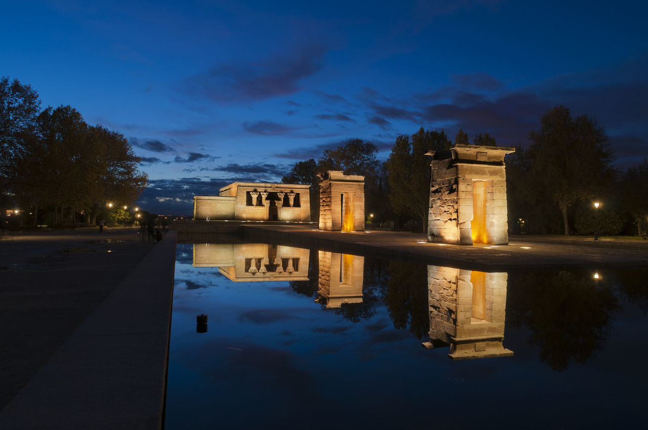 Architecture Building Exterior City Cloud - Sky History Illuminated Madrid Night Outdoors Reflection Sky SPAIN Templo De Debod TemplodeDebod Travel Destinations Water Waterfront Agua Water Reflections Reflejos Tourism Reflejo Fachada