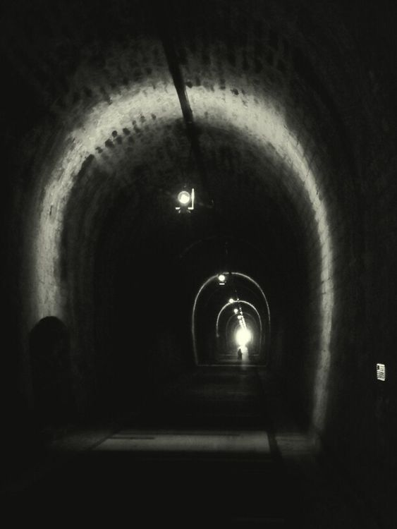 tunnel by Christophe