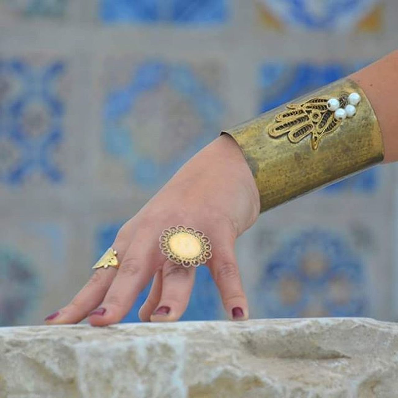 Tunisia IgersTunisia Ring Lord_of_the_rings Jewelry Gold Wikilovesafrica Wlaf Carthagina قرطاجينة أحكيلي Hand_of_fatma Khomsa Migyass تونس ... تعاويذ اﻷلوان :)