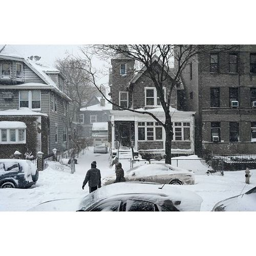 In the words of the great Guwop, Burrrrr!!!! FREEGUCCI Brooklyn Ditmaspark Beautifuldayintheneighborhood Picsart Follow Nycprimeshot Nyclife Blizzard Blizzard2016 Photoart Photooftheday Picoftheday Snow Snowday Abc7ny