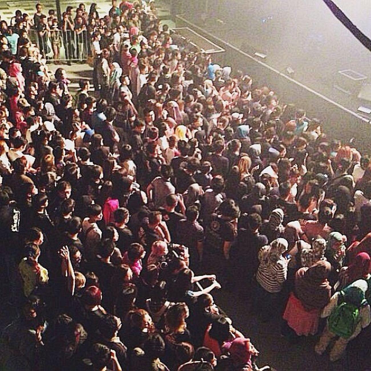 Ureshi ( ´ ▽ ` )ノ Throwback Oormalaysia OOR Oormy indoor concert crowd malaysia kllive