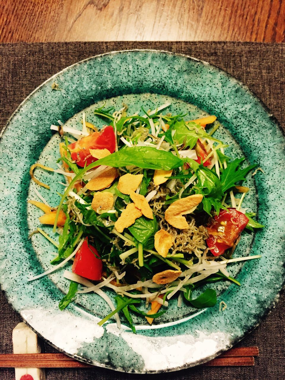 food and drink, healthy eating, freshness, food, directly above, green color, vegetable, high angle view, indoors, salad, no people, ready-to-eat, bowl, close-up, day