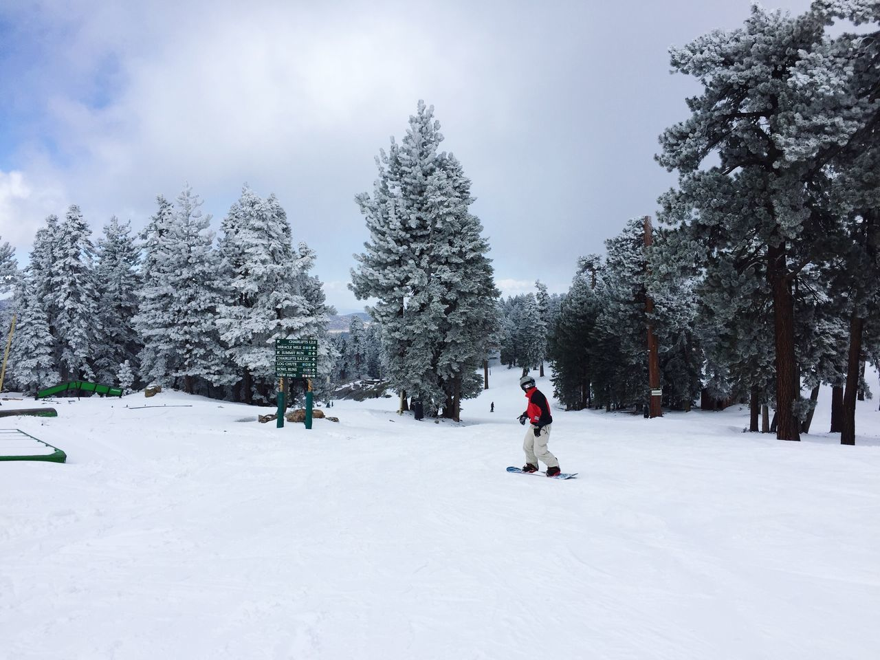 Snow in spring 😍😍🙌🏼🙌🏼 Urban Spring Fever Bigbear Bigbearlake Snowsummit BigbearCalifornia Bigbear California Bigbearcity Snow Snow ❄ Snowing Snow Day Snowboarding Snow Covered California Big Bear Big Bear Lake Big Bear Mountain Big Bear Lake CA Alternative Fitness