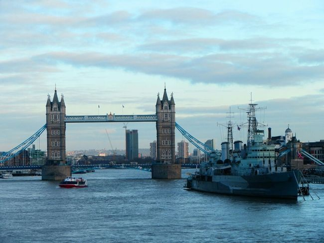 Tower Bridge desde el rio Tamesis Taking Photos Enjoying Life TheMinimals (less Edit Juxt Photography) Streetphotography