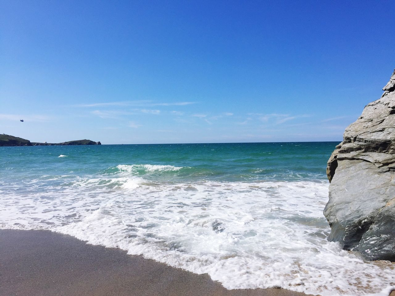 Cornwall Beach Tolcarne Beach Newquay England First Eyeem Photo Blue Wave Blue Sky Blue Beachphotography