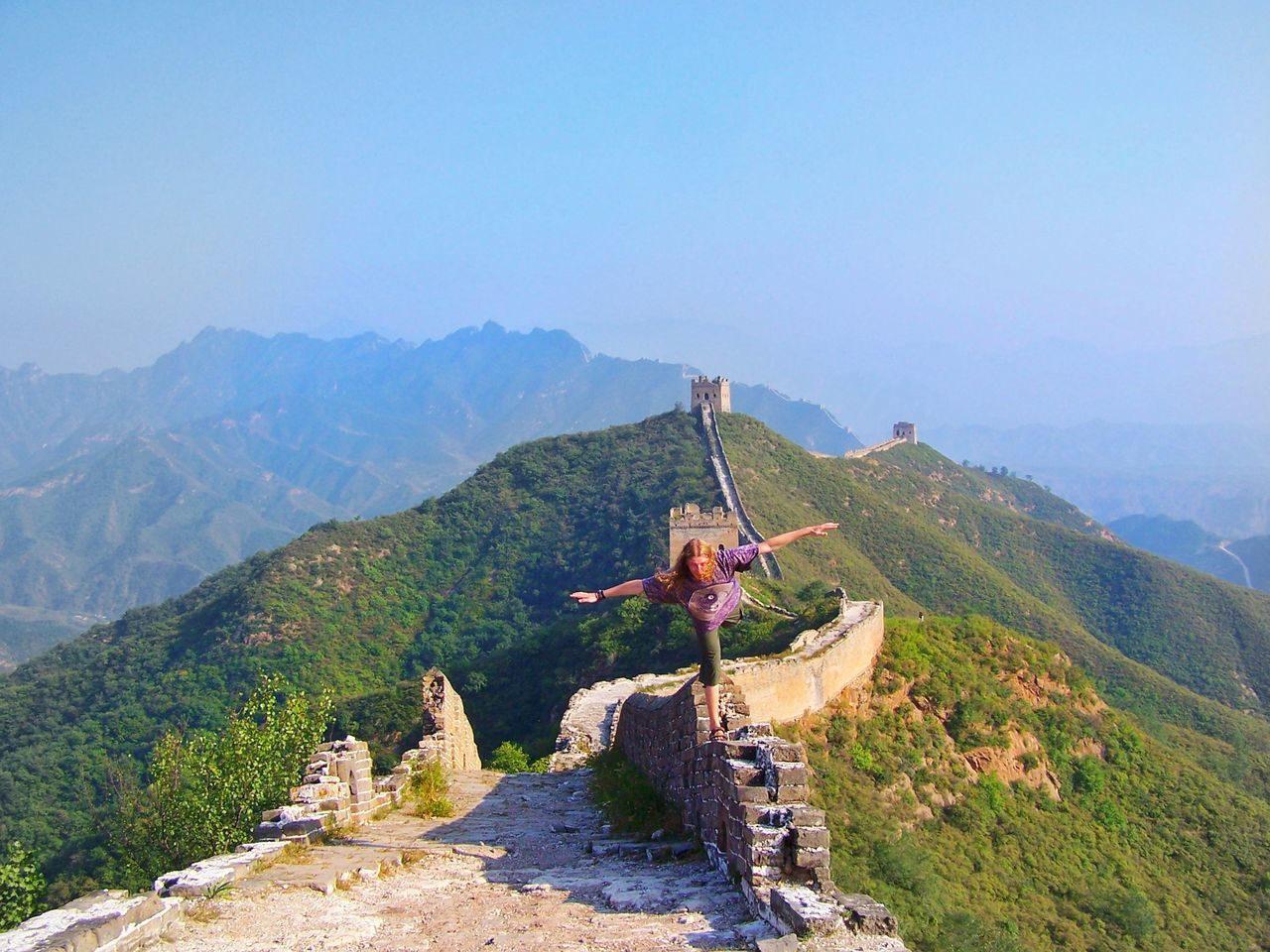 Mountain Travel Destinations Adults Only Hand Raised Full Length Outdoors One Person Happiness Nature Adult Cultures Great Wall Of China Wall Young Adult Back Leg Scale Scale  Gymnastics Jin Jang Yin Yang Guy Man One Foot On The Ground One Foot Bricks China TCPM The Great Outdoors - 2017 EyeEm Awards Live For The Story