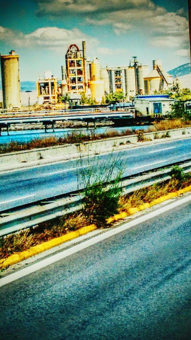 Magic Bus view...The House of Gasoline!ΚΑΛΗΜΕΡΑ ΕΛΛΑΔΑ !!!!!!!!