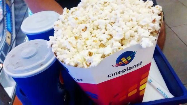 Bf Movies Tonight Codigo Enigma Relaxing Popcorn Sodas Beffo Mejor