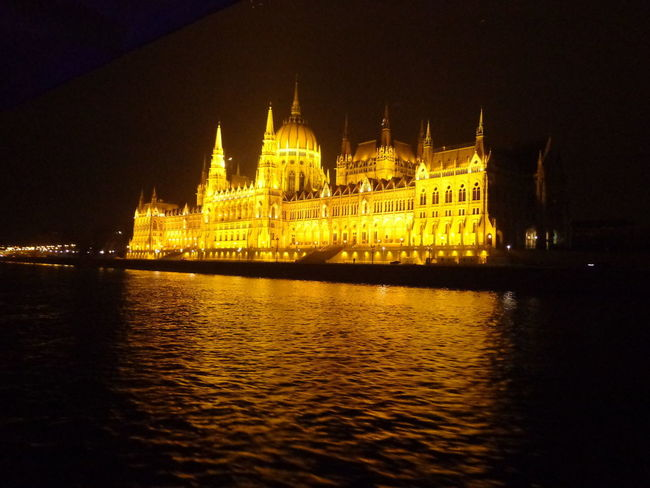 #Amazing #History #Night #NoFilter #beautiful #budapest #castle  #hungary #landscape #nopeople #photo #reflections #water