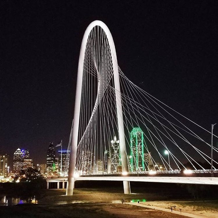 """But the night was warm, we were bold and young. All around, the wind blows. We would only hold on to let go"" • • • • • LeanOn Majorlazer Dallasisdallas Dallas Igdallas Instadfw Instadallas Mydtd Dallastho Igdfw VSCO Vscocam Vscophile Photogrid Photojournal Margarethunthillbridge Trinityriver"