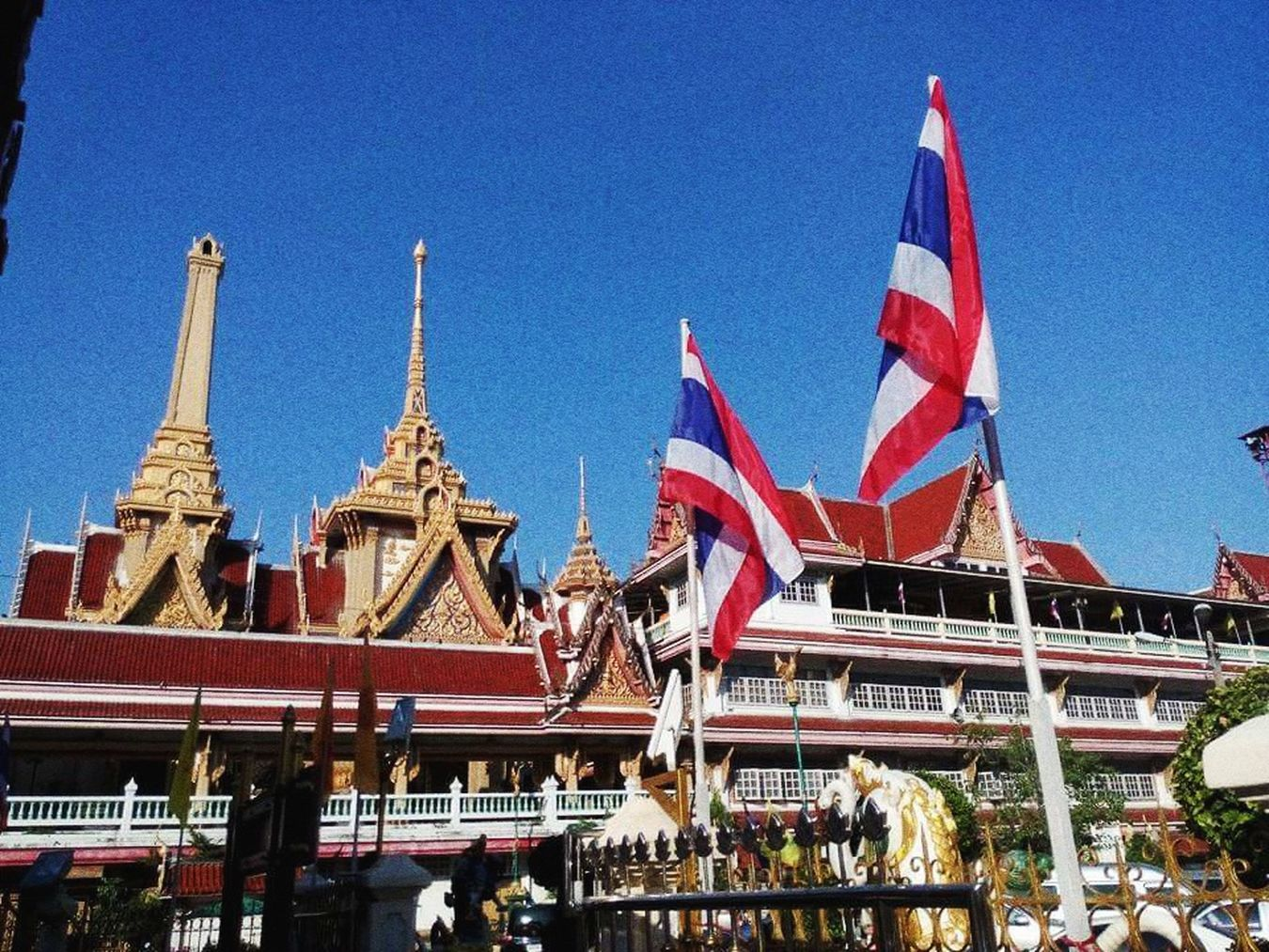 keep clam and belief Buddism Temple Taking Photos Hello World Thailand Happy People Butiful City