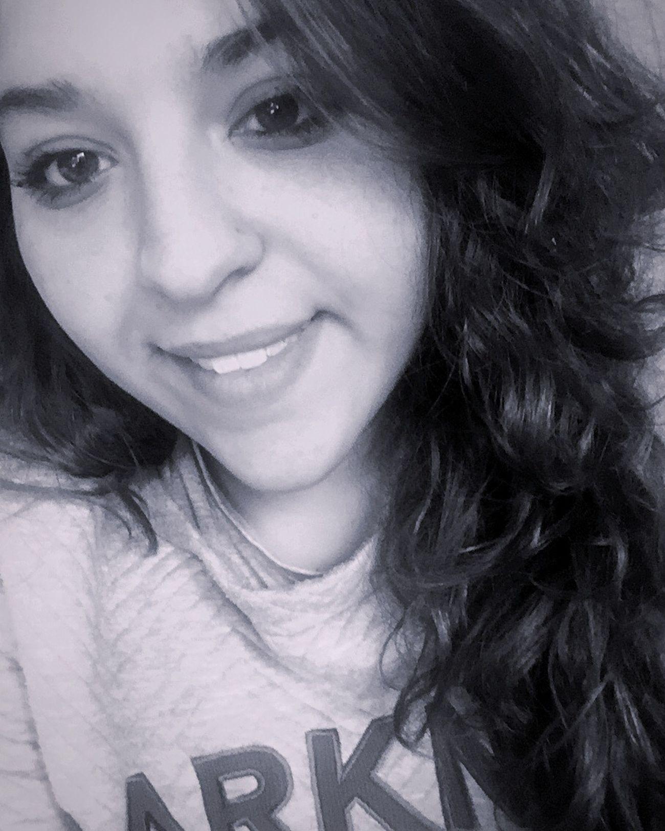 Goodmorning..😘 GoodMorning⛅ Buenas Días!  Napoli ❤ Me Atwork👶👼💻📱 Smile Semplicità Ogni Riccio Un Capriccio! Woman Smile❤ Ricciavolontà Freddo Polare!😆 Freddo Inverno ❄️ Snow Goodmorning EyeEm  Goodmorning World