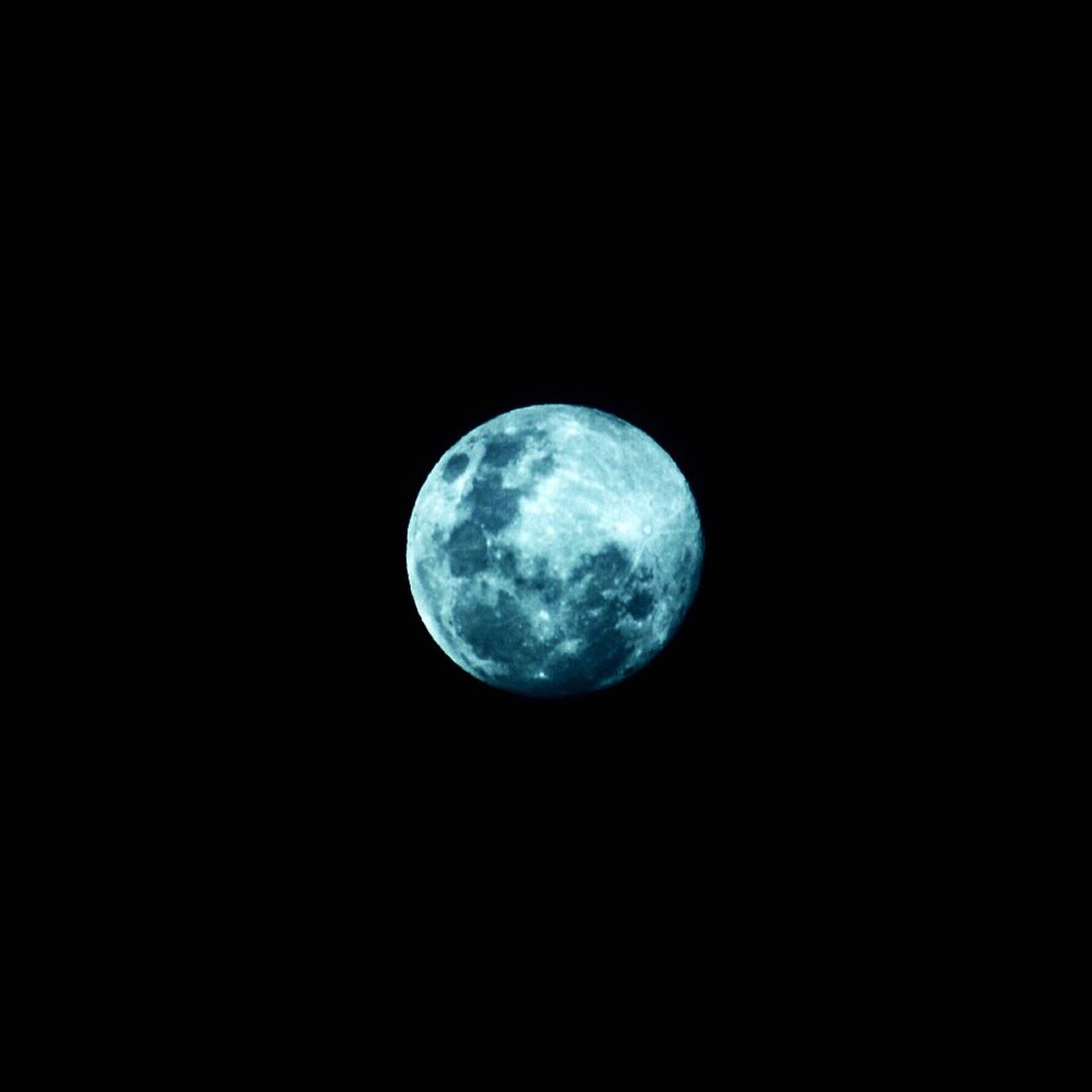 moon, night, moon surface, astronomy, nature, no people, space, outdoors, beauty in nature, scenics, sky, space exploration