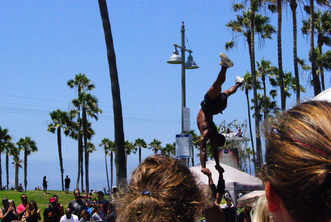 California LoveCaliforniacoastStreetdancingStreetphotographyUSABlue Crowd Day Enjoyment Fun Group Of People Lifestyles Outdoors Palm Tree Sky Tourism Tourist Travel Destinations Vacations Adventure Club California Dreaming Hiphopdancers