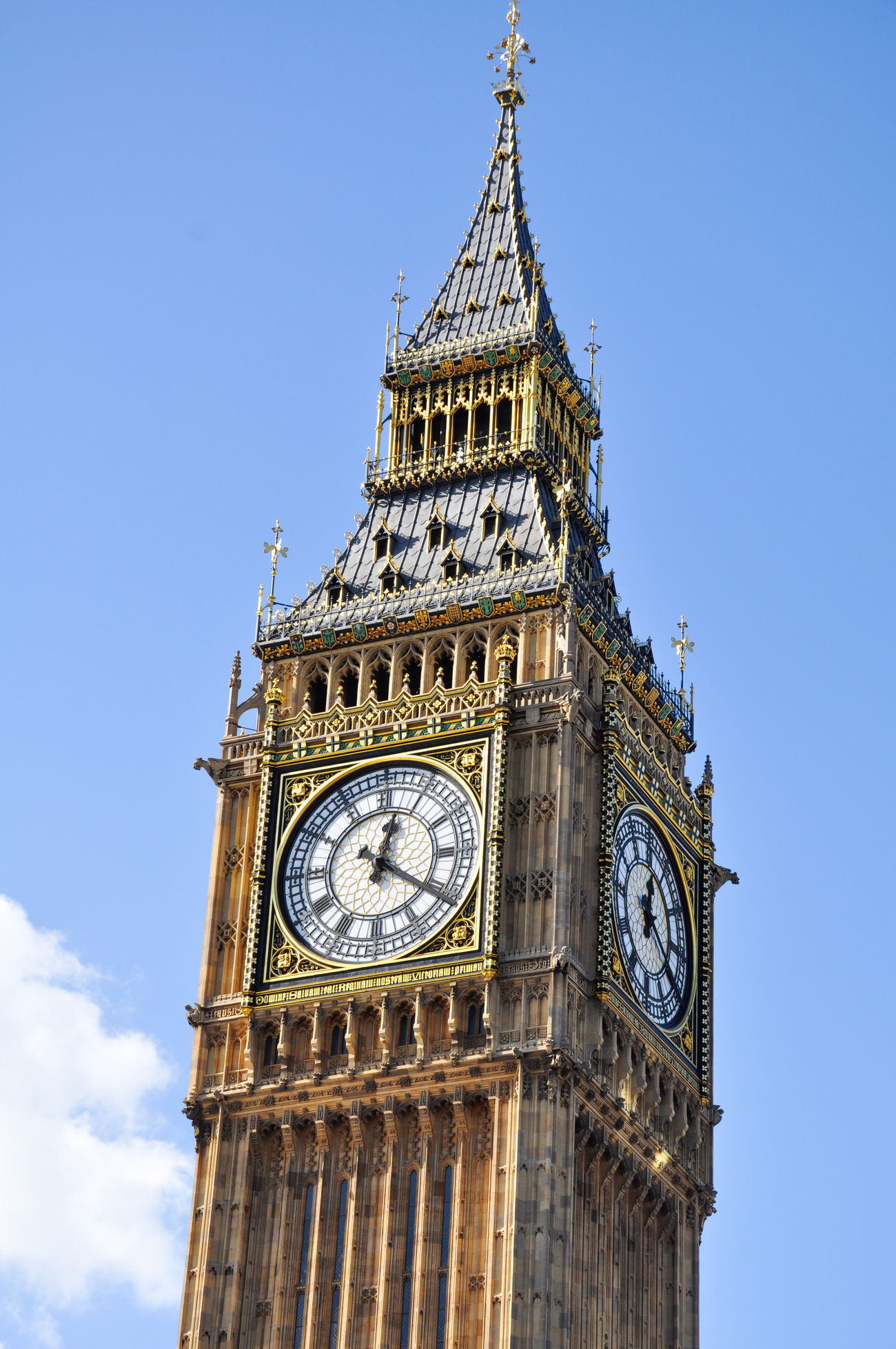 Clock Big Ben Buckingham Palace Clock Tower Clouds Day England England, UK England🇬🇧 Famous Place High Section Holiday KINGDOM London Palace Queen Sky Time Tourists Tower Travel Destinations On The Way Showcase July