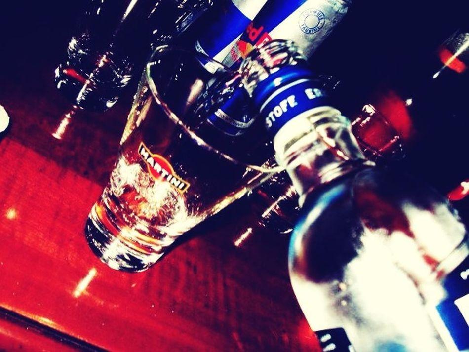 Vodka Soirée Enjoying Life Friends Amigos