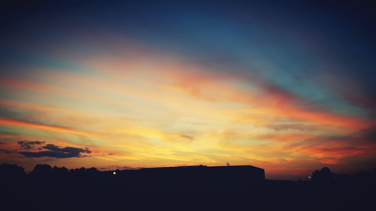Sunset Dramatic Sky Multi Colored Silhouette Scenics Beauty In Nature Nature Cloud - Sky No People Outdoors Sky Travel Destinations Tranquility Landscape Day EyeEm Selects Photography Relax Photographer Summervibes Summertime Summer Nature Photography Pretty Summer Views