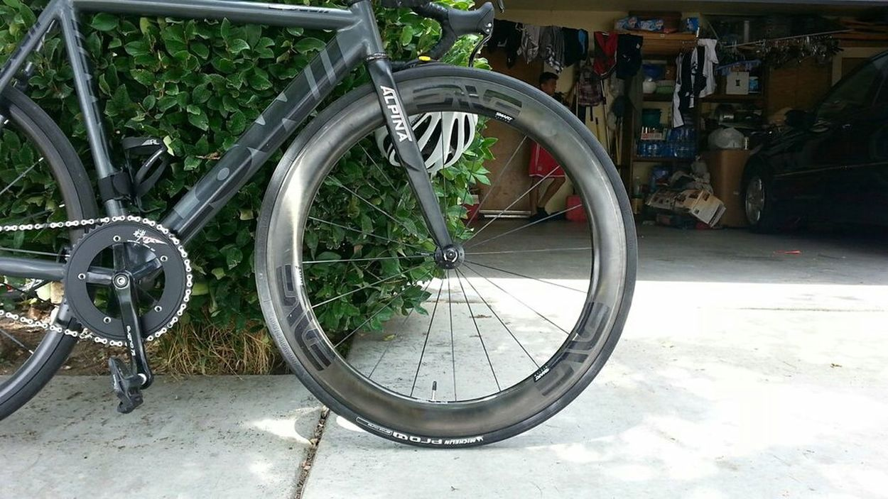 Enve Alpina Lowbicycles HandmadeinSF Carbonfiber Fixedgear Trackbike Bicycle Suginozen Shimano 📷: SamsungS3