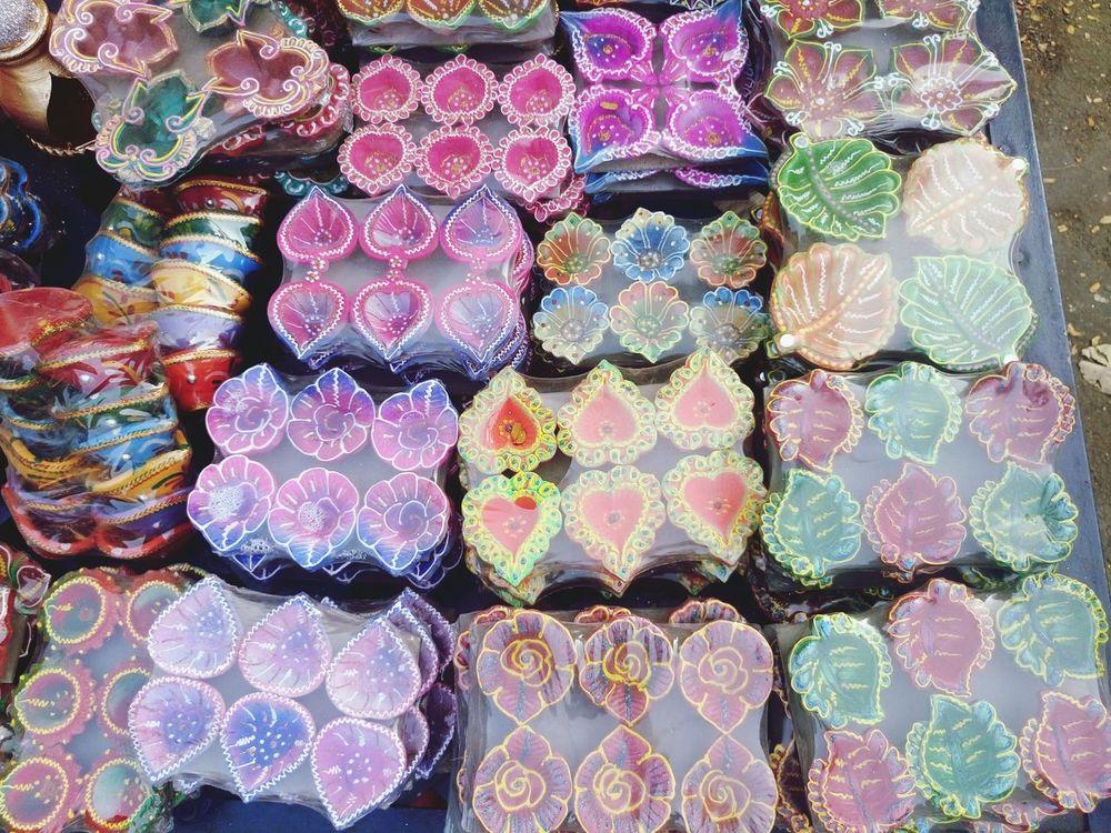 Market Abundance Market Stall Freshness Diwali Oil Lamp Sale Variation Choice Pakaging Plastic