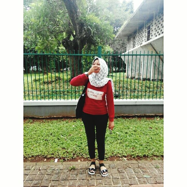 When your laughed the world follow laugh INDONESIA Jakarta Hijabstyle  Hijabfashion Gelorabungkarno