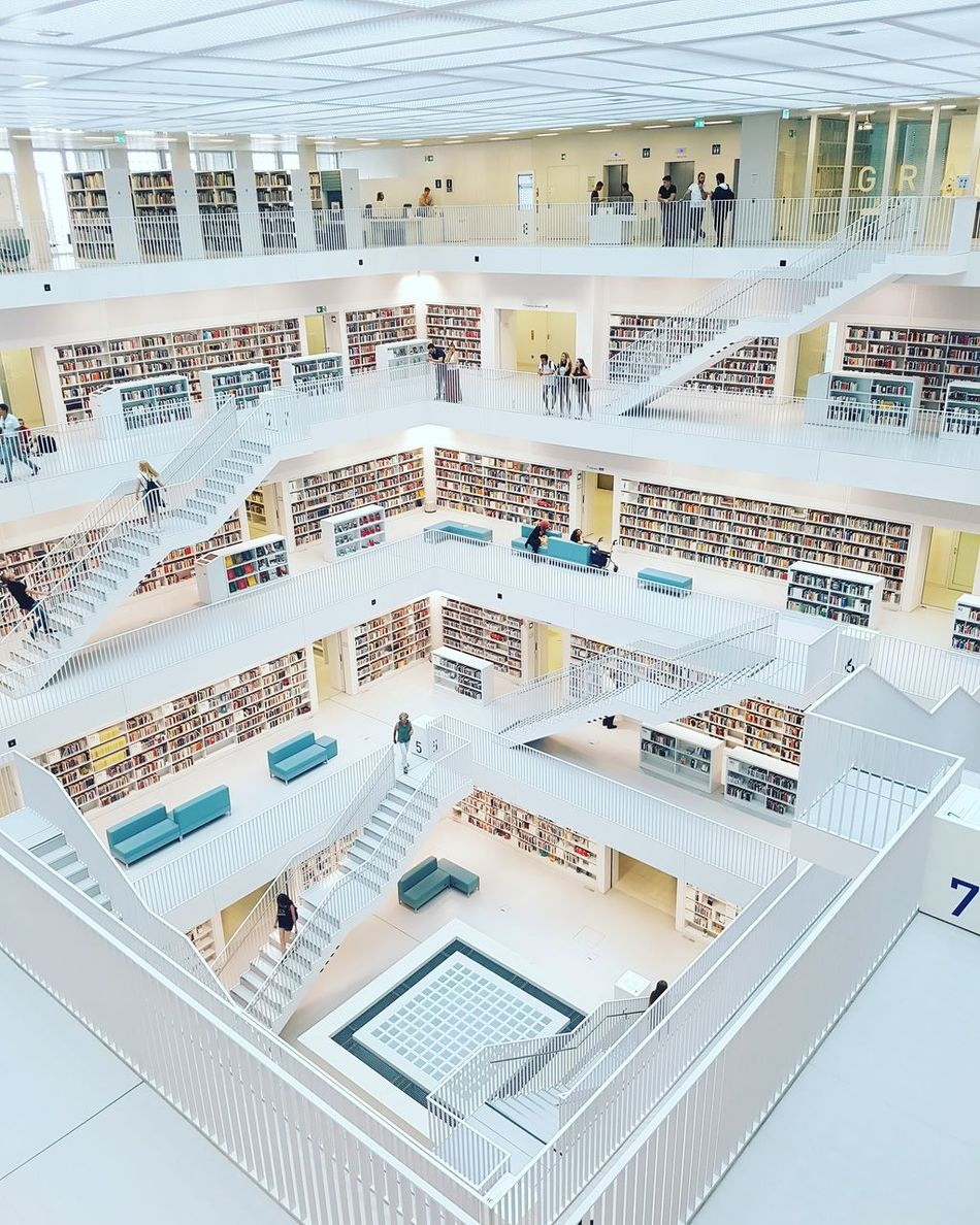 Beautiful stock photos of bücher, water, full frame, day, outdoors