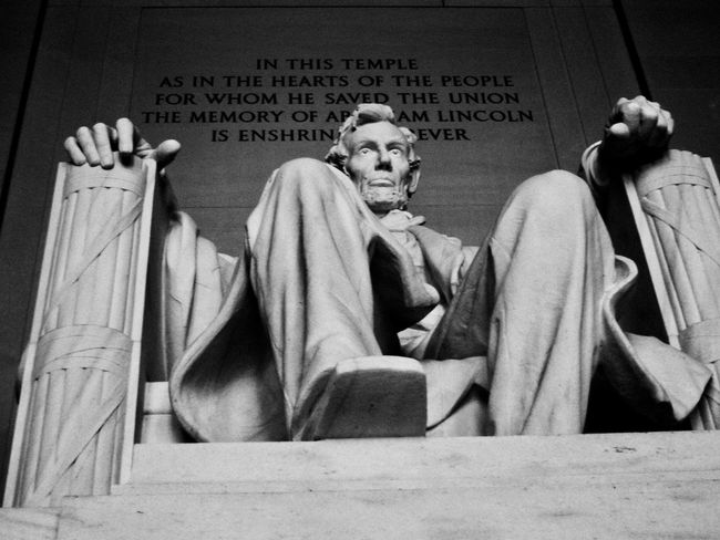 Memorial Memories President Sculpture Tourism Destination