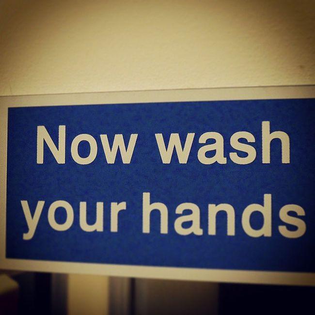 Calm down. Sign Bathroom Washyourhands
