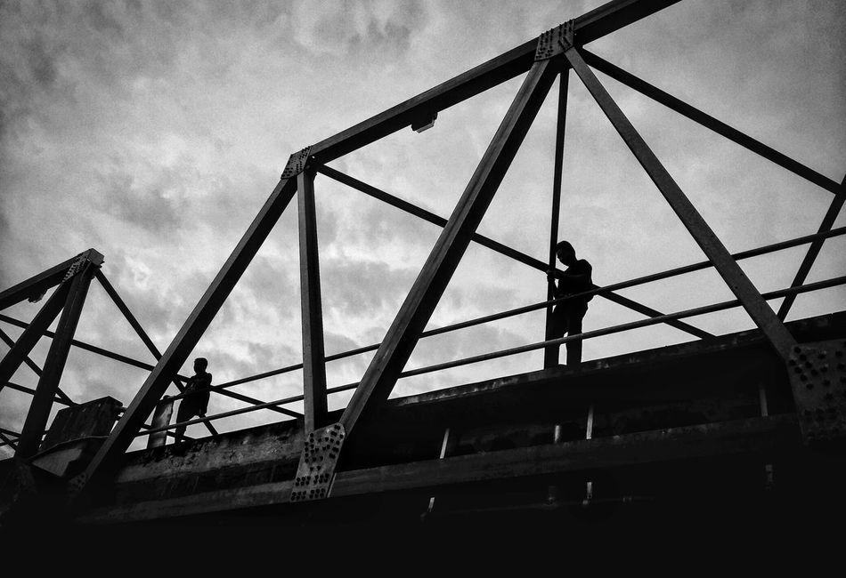 Monochrome Photography Bridge - Man Made Structure Connection EverydayStreet Eye4photography  Moment Taking Photos Street Photography Storytelling Streetphotography Streetphoto_bw Streetphotography_bw Black And White Streetphotograph Street Photo EyeEm Best Shots EyeemPhilippines Eyeem Philippines