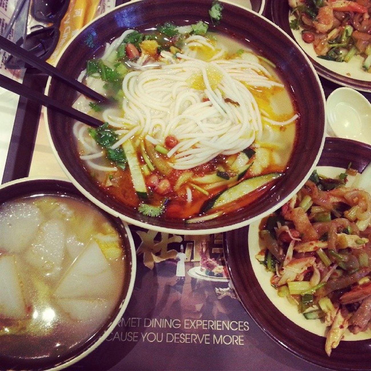 noodle lovers Macauig Galaxyhotel Atasteofasia Movieday ilokano foodporn