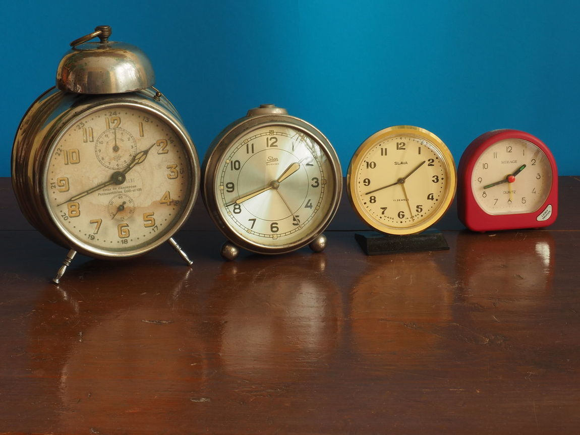 Alarm Clock Alarm Clocks Alarm Clocks Of My Grandmothers Antique Antique Clock Antiques Bella Italia Clock Clock Face Close-up Day Herritage Herritage Of My Grandmothers Hour Hand Lieblingsteil Minute Hand My Previous Alarm Clocks No People The Time Has Expired The Time Has Passed Time