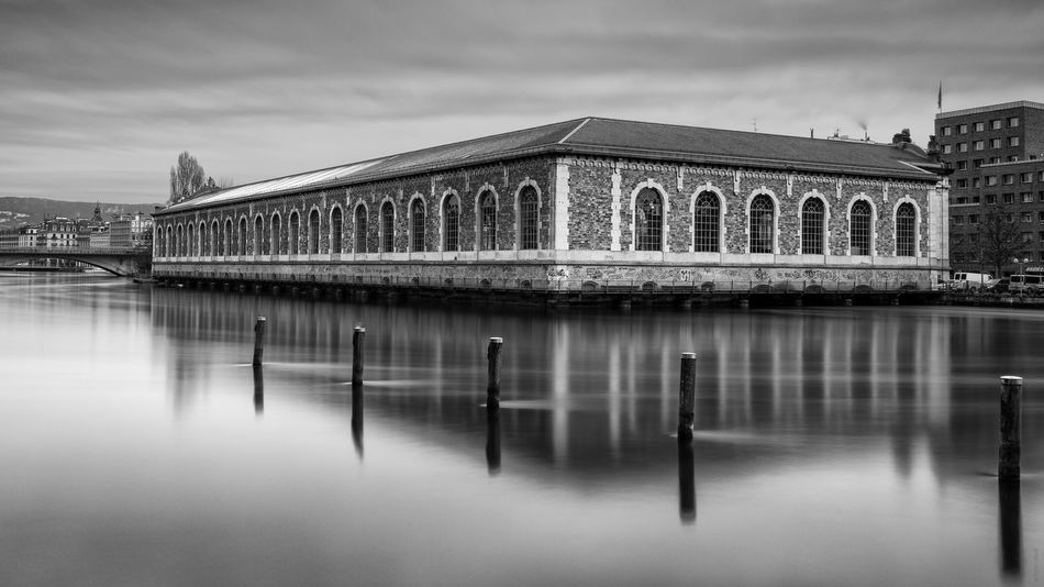 Architecture Blackandwhite Forces Mortr Forces Motrices Geneva Long Exposure River Water