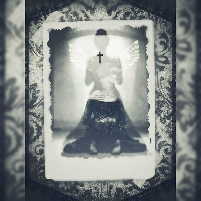 Digitalart  Mementomori Victorian Photomanipulation Darkart Gothicart Blackandwhite Blackandwhitephotography