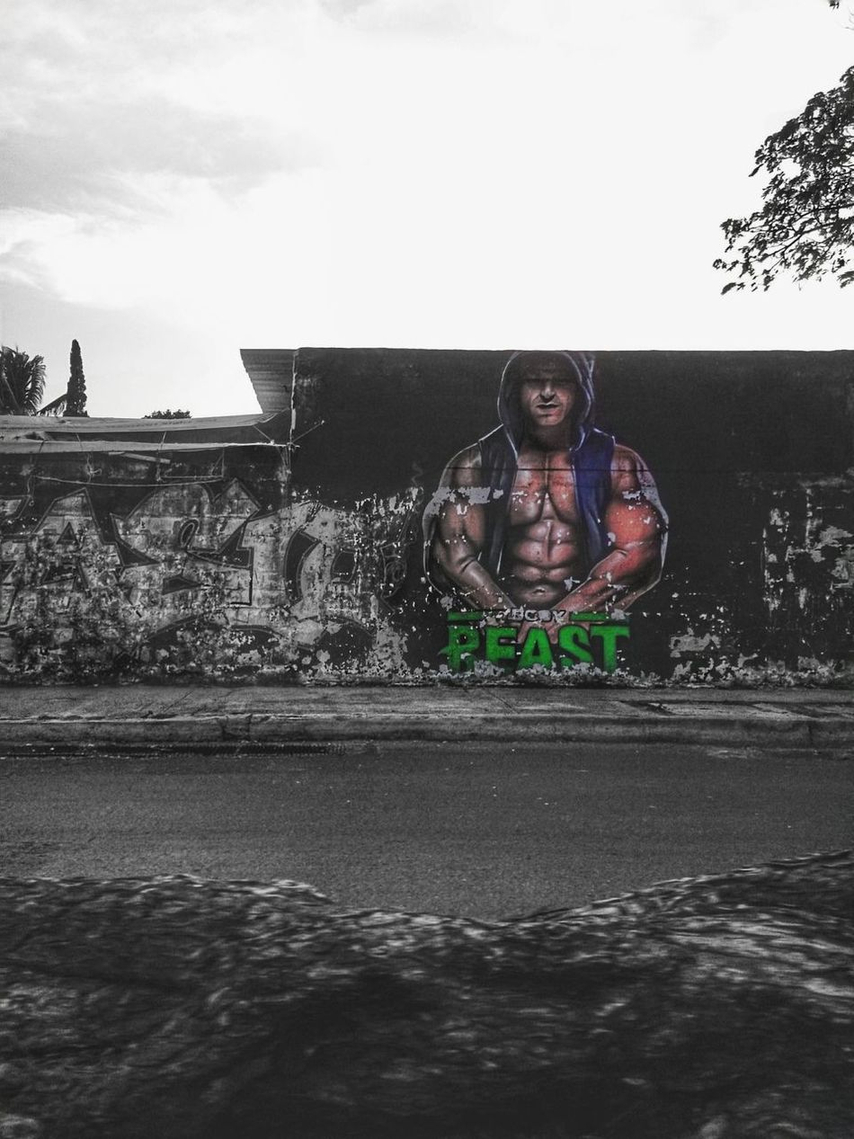 Graffiti on a wall. Graffiti Yucatan Mexico Urban Photography Mobile Photography City Life No People Xperia ZL Merida♡ Street Photography Outdoors Day Mérida Yucatán Wall Art Wall Painting/grafitti Art Is Everywhere