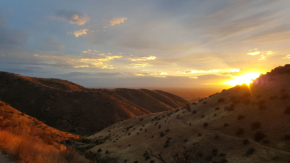 The desert beckons above Boise, Idaho. Sunset Cloud - Sky Scenics Beauty In Nature Outdoors Dramatic Sky Natural Phenomenon Idahome Idahoexplored Beauty In Nature Nature Landscape Protecting Where We Play Desert Sunset Desert Beauty DesertSky