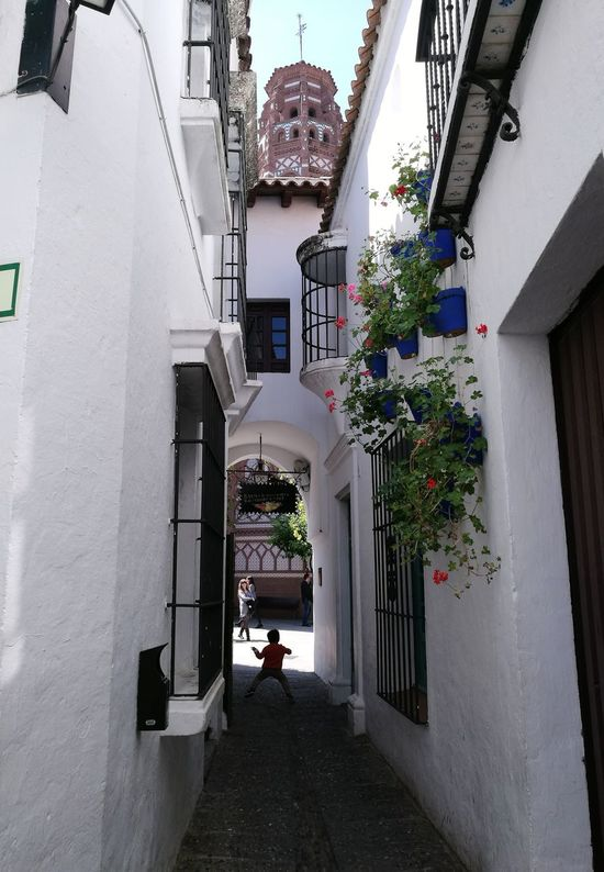 Built Structure Architecture Day Building Exterior Outdoors Child Plants And Flowers Poble Espanyol