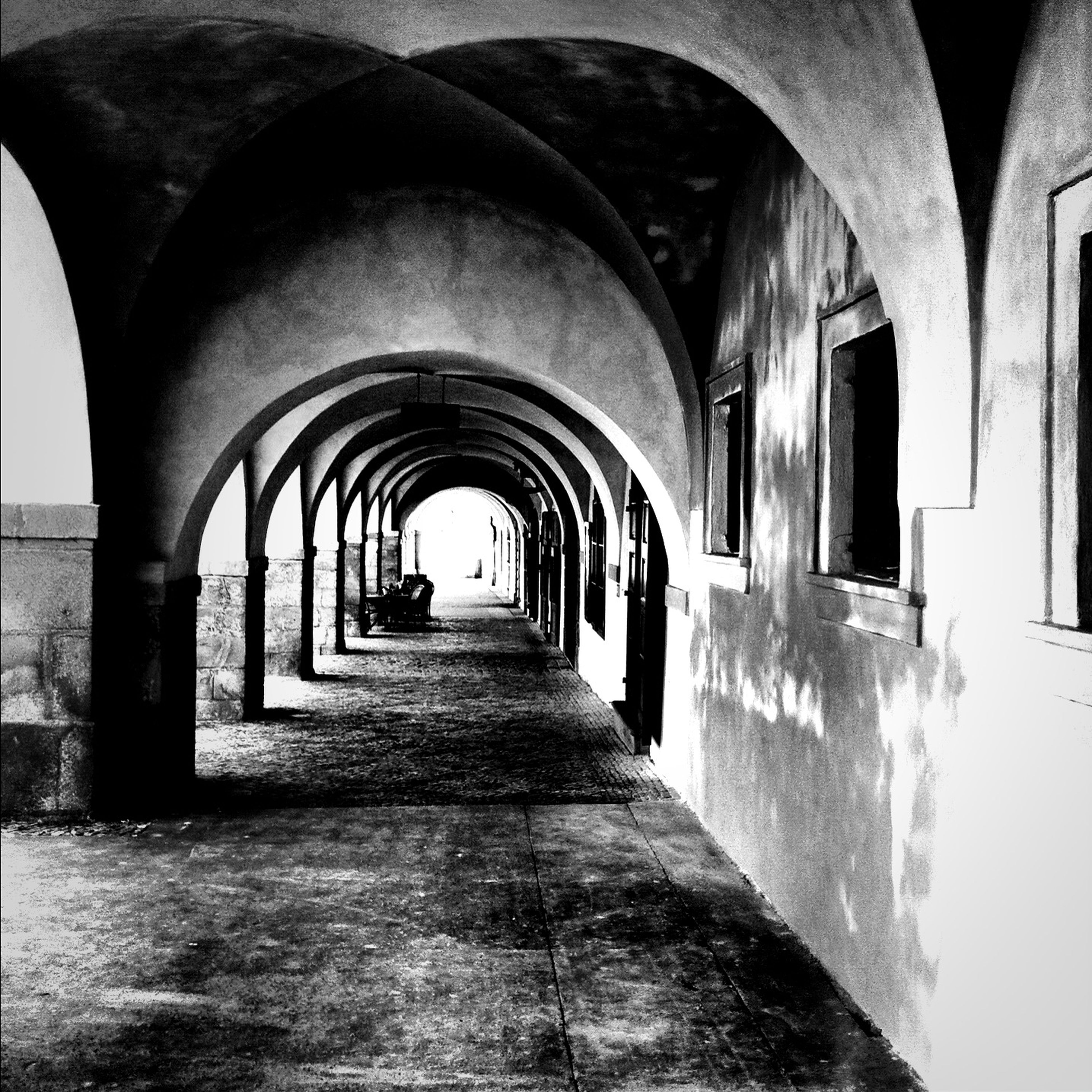 arch, architecture, the way forward, built structure, indoors, archway, diminishing perspective, corridor, vanishing point, tunnel, narrow, walkway, architectural column, arched, empty, day, building exterior, building, in a row, history