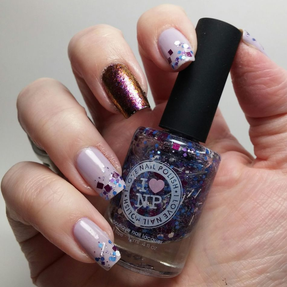 Throwback mani to the days when Ilnpbrandmade awesome glitter polishes. Essie - nice is nice, ilnp - purple stuff, ilnp - road to awe Ilnproeadtoawe Essienista Essiedeutschland Nailart  Nailpolish