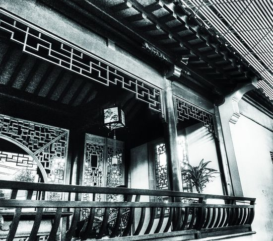 Built Structure Indoors  Architecture Street Photography Blackandwhite Photography Monochrome Blackandwhite Streetphotography_bw Streetphotography Architecture Photography Building Exterior Asian  Sojourner Lifestyles