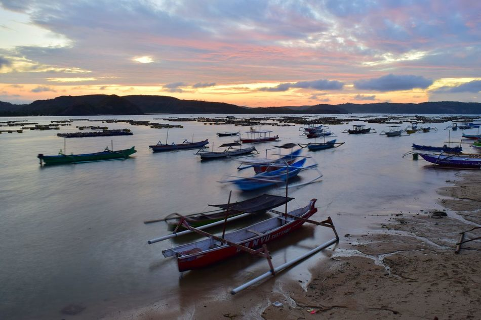 Before sunrise at Gerupuk beach, Lombok, Indonesia. Cloud - Sky Outdoors Sea No People Sky Nature Tranquility Beauty In Nature Scenics Landscape Sunrise - Dawn Travel Gerupukbeach Lombok-Indonesia Dramatic Sky Reflection Long Exposure