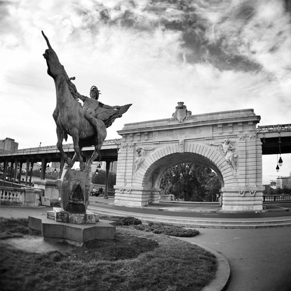 Pont de #birhakeim #paris Paris Birhakeim Jcguideparisien
